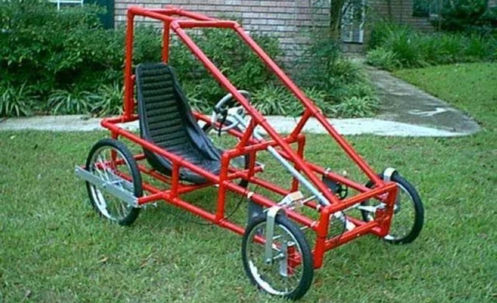 поделки из велосипедных колес, цветники, поделки для дачи