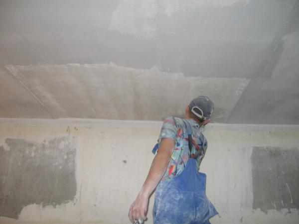 Штукатурим потолок самостоятельно, как штукатурить потолки, как штукатурить потолок,ремонт потолков,окрашивание потолков,шпаклевание потолков