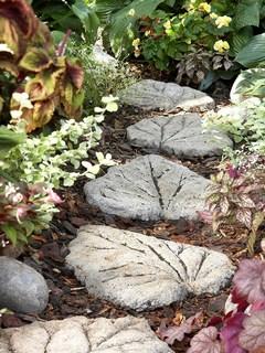 дорожка, дорожка из листьев,тротуарная плитка,как сделать тротуарную плитку